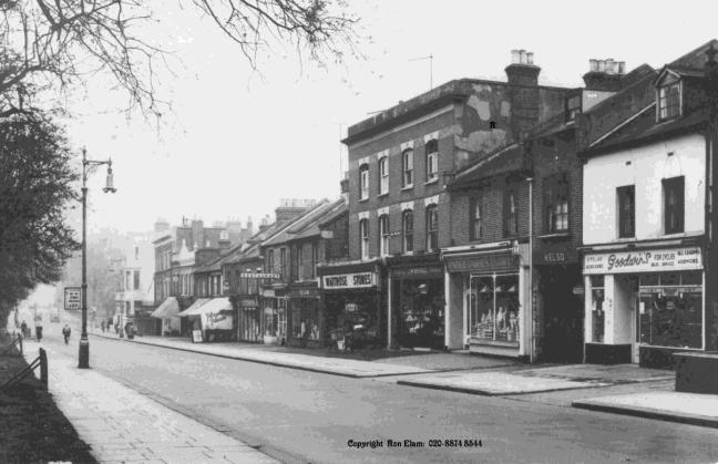 Bellevue Road at the southern end of Wandsworth Common, as it was just before large numbers of cars in the 1950s. Note the wide pavements and uncluttered roadway. (This postcard courtesy of Ron Elam. If you would like to buy a copy, phone 020 8874 8544)