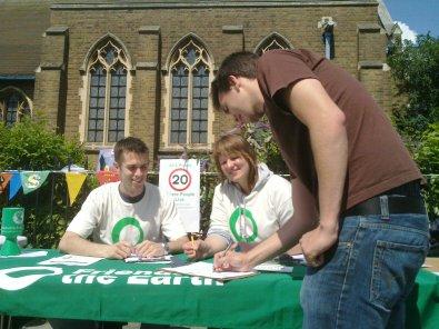 Signing 20mph Petition, BATCA, 11 June 2011